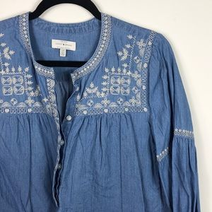 Lucky Brand || Chambray Blouse